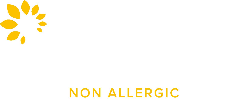 Naturally non allergic cat litter